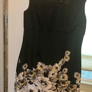 Elegant Black Daisy Prınt Floral Midi Dress